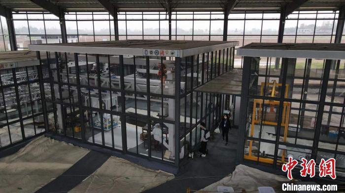 勐腊海关高效验放援助老挝核酸检测实验室设备物资